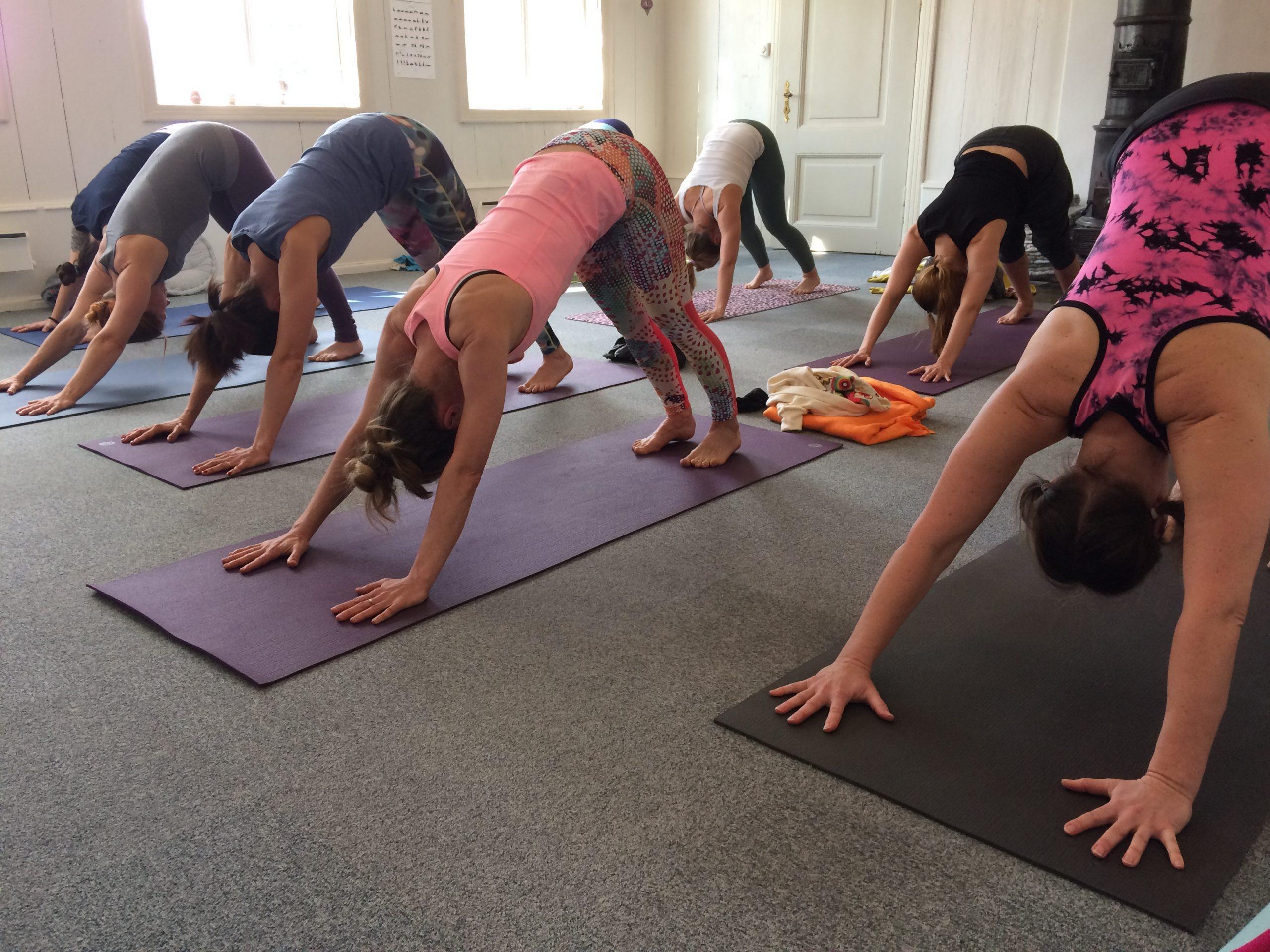 Yoga program at Pias Place 2020 week 36-53